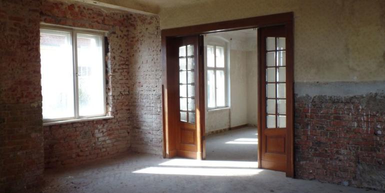 Wohnraum mit Doppeltür