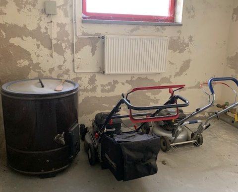 KG ehemaliger Waschraum mit Hausanschlüssen