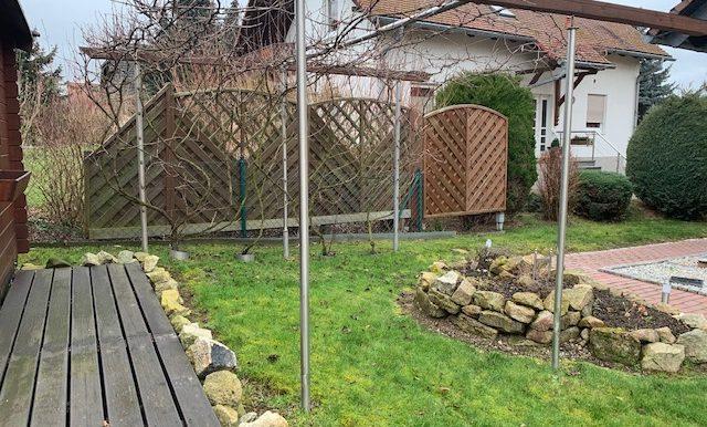 Garten mit Spalier