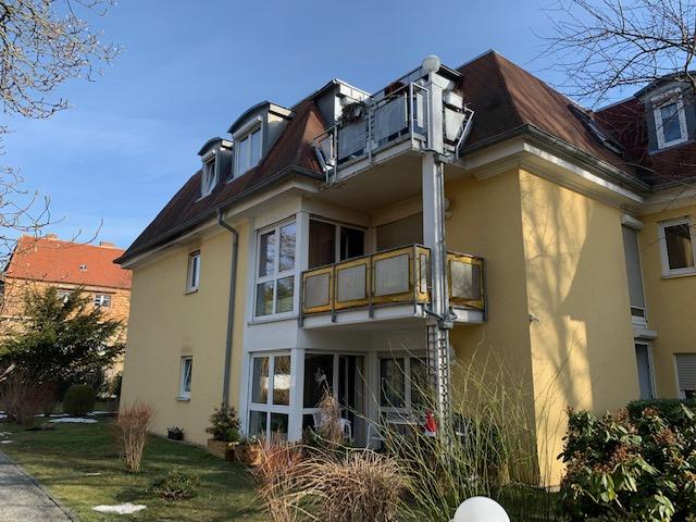KAPITALANLAGE – Attraktive 3-R-ETW mit Balkon, Keller, Garage – vermietet